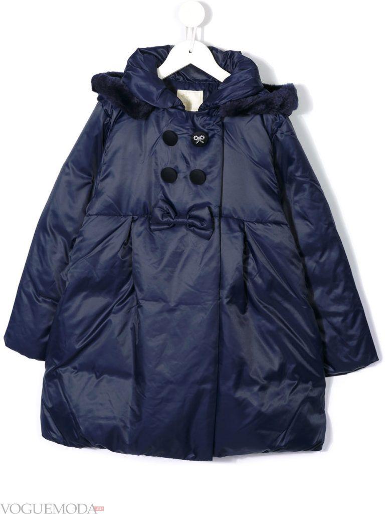 детская синяя куртка с бантиком