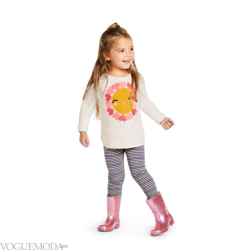 детский свитер с рисунком и леггинсы