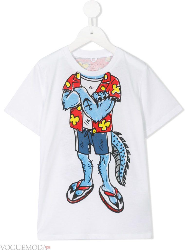 белая детская футболка с рисунком