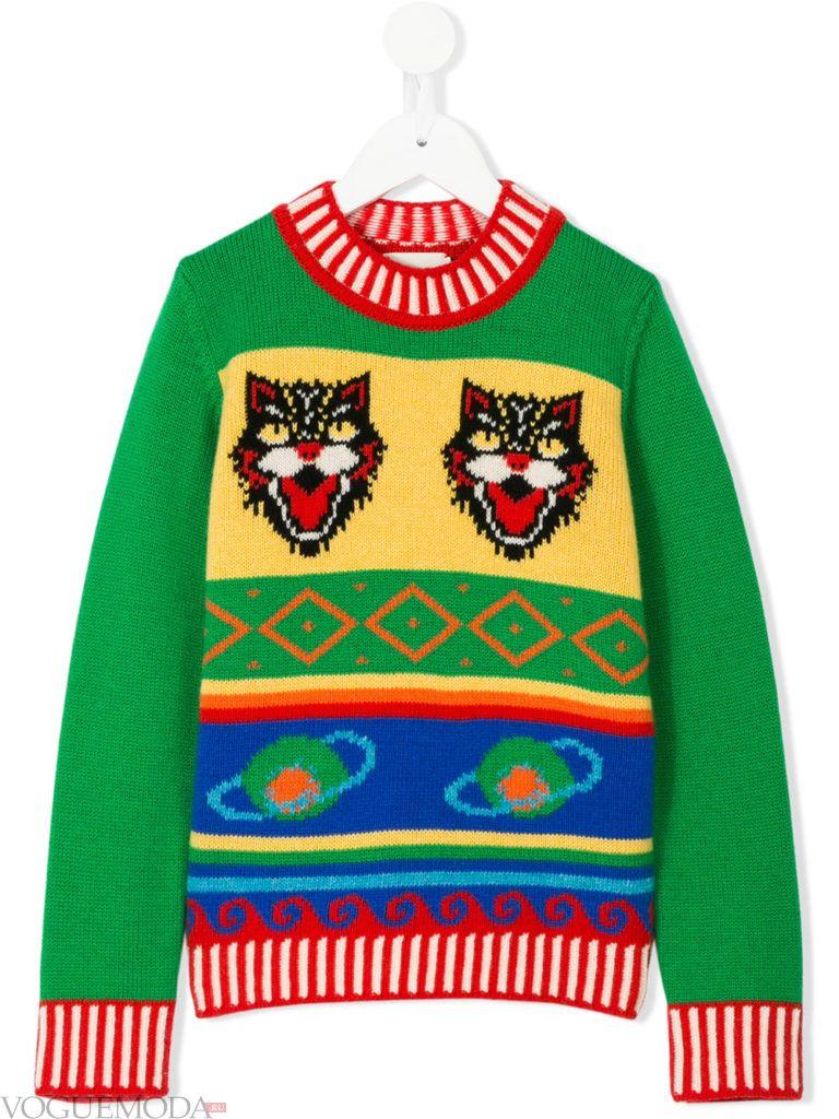 детский зимний свитер с принтом