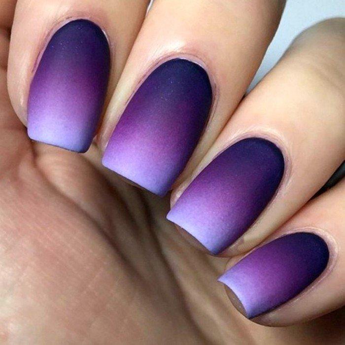 фиолетовый маникюр омбре