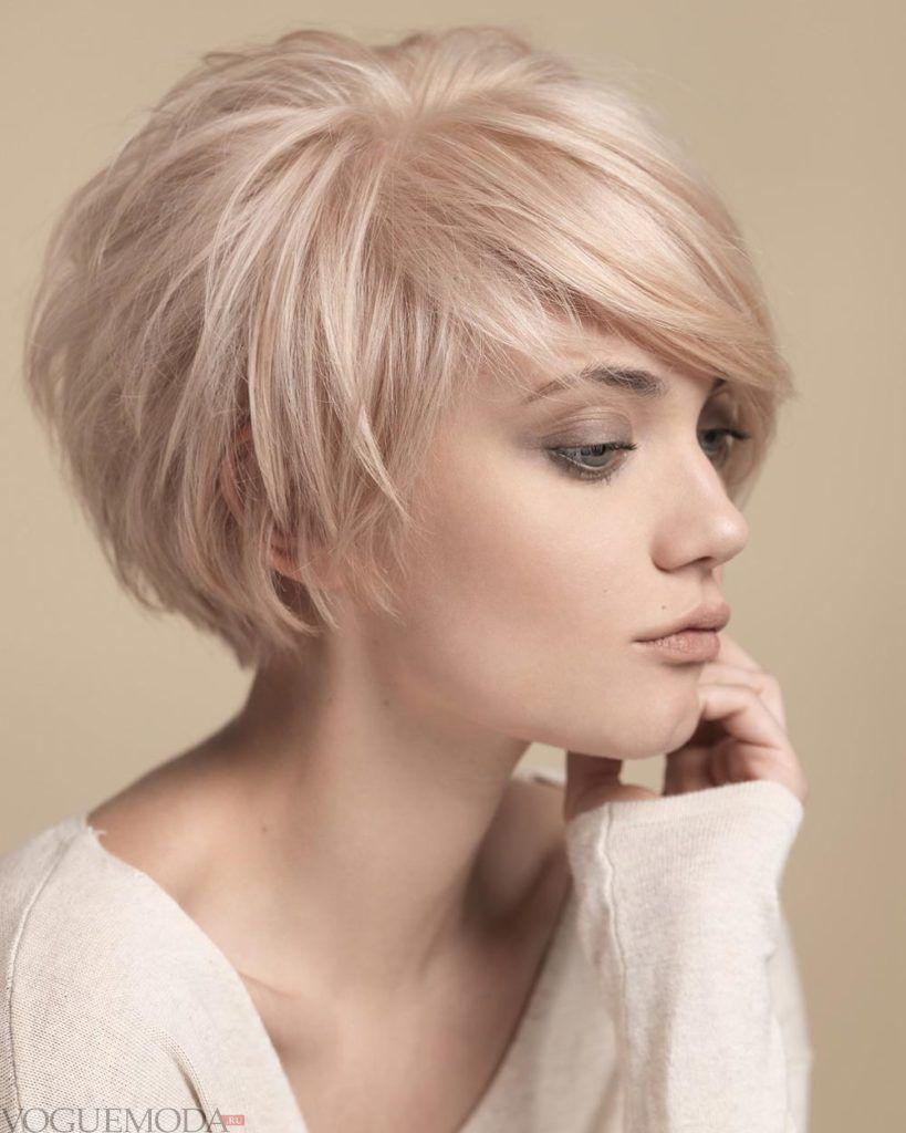 модная стрижка боб на короткие волосы