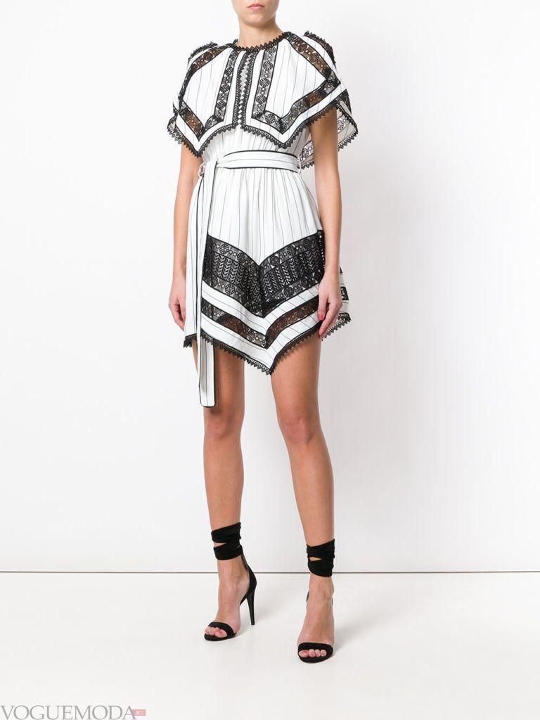 двухцветное асимметричное платье с поясом
