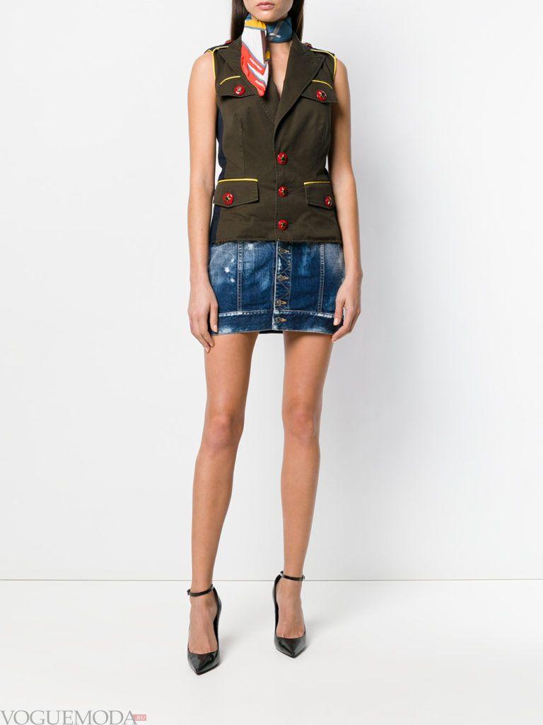 джинсовая мини юбка и жилет кому за 30