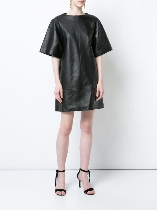 черное кожаное платье кому за 30