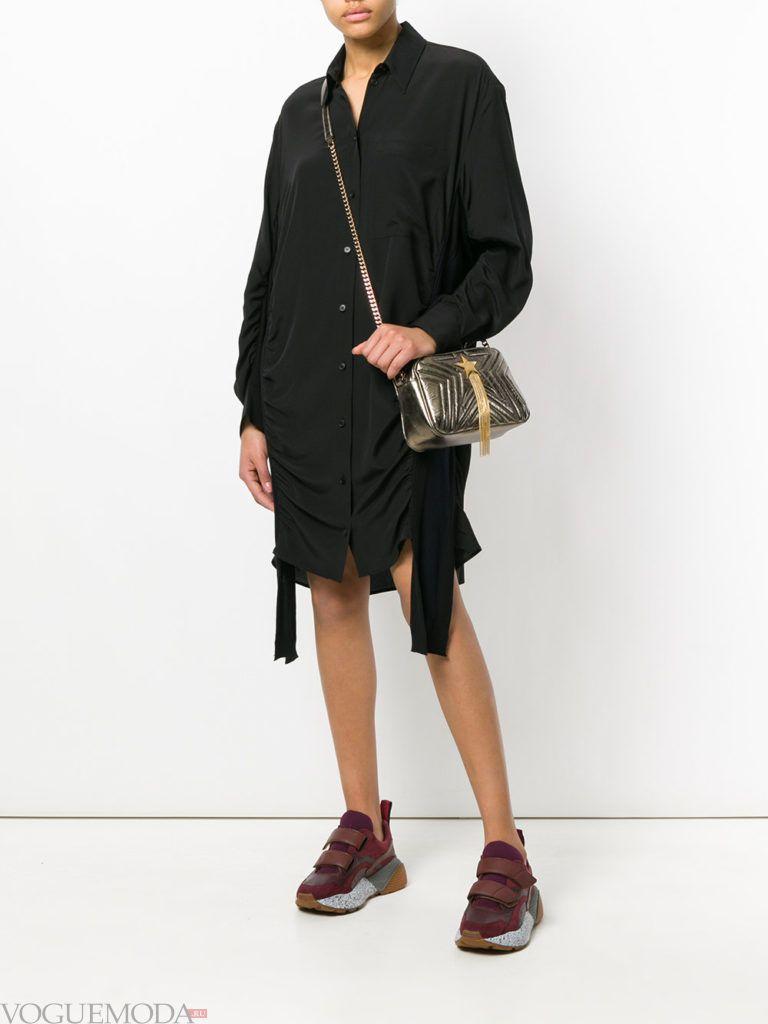 черное платье со сборкой