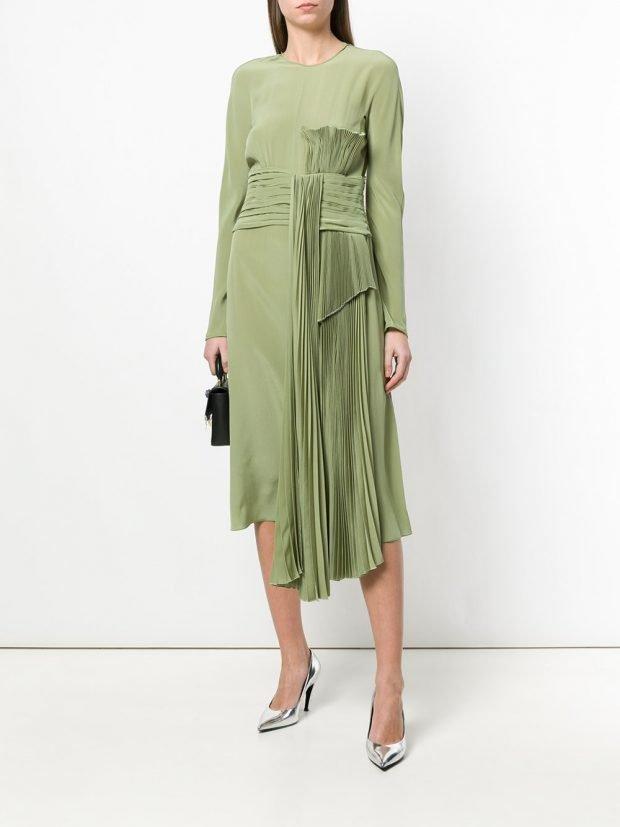 асимметричное платье с плиссе