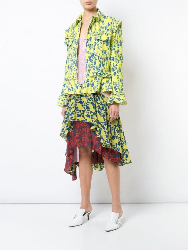 многослойная юбка и пиджак с принтом