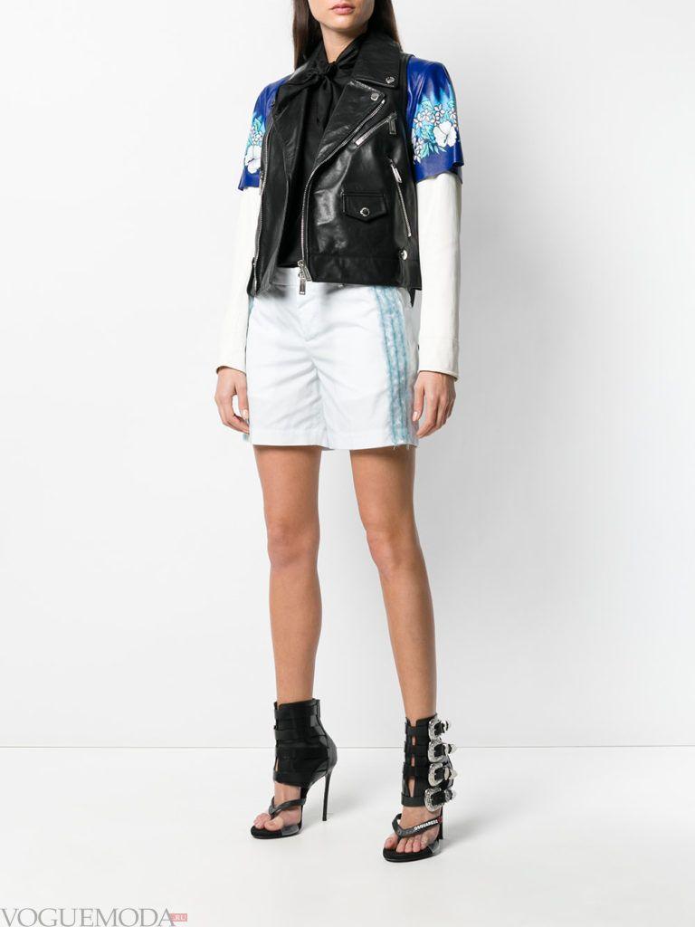 белые шорты и черная жилетка весна