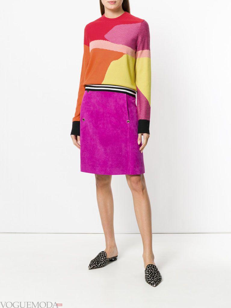 юбка фуксия и свитер колорблок весна