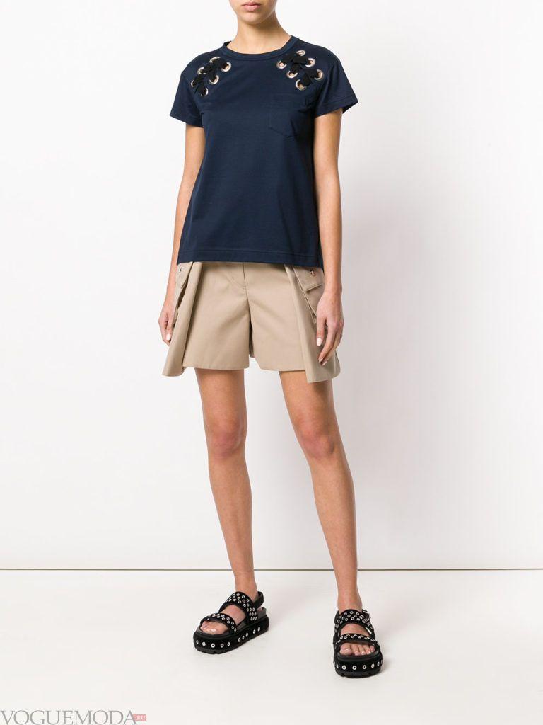 шорты с карманами и футболка лето