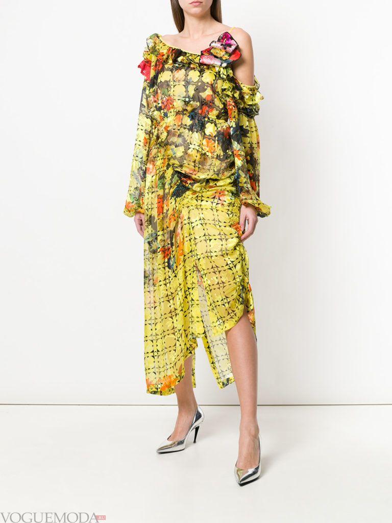 асимметричное платье с принтом и оборками