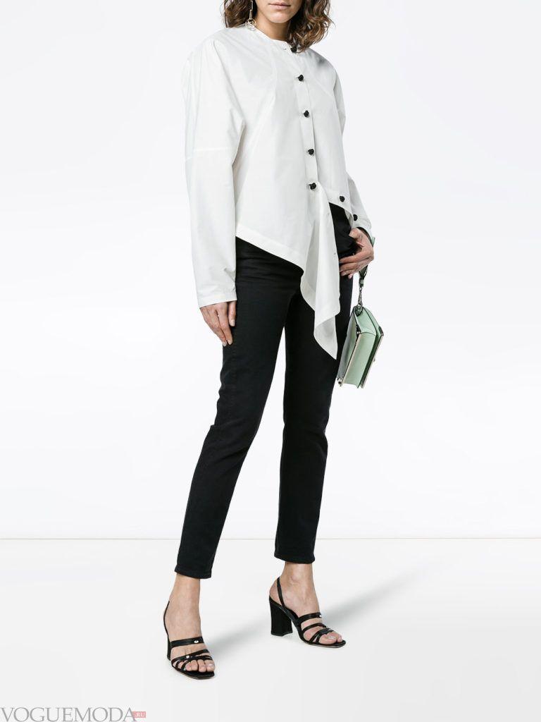 черные брюки и асимметричная блузка