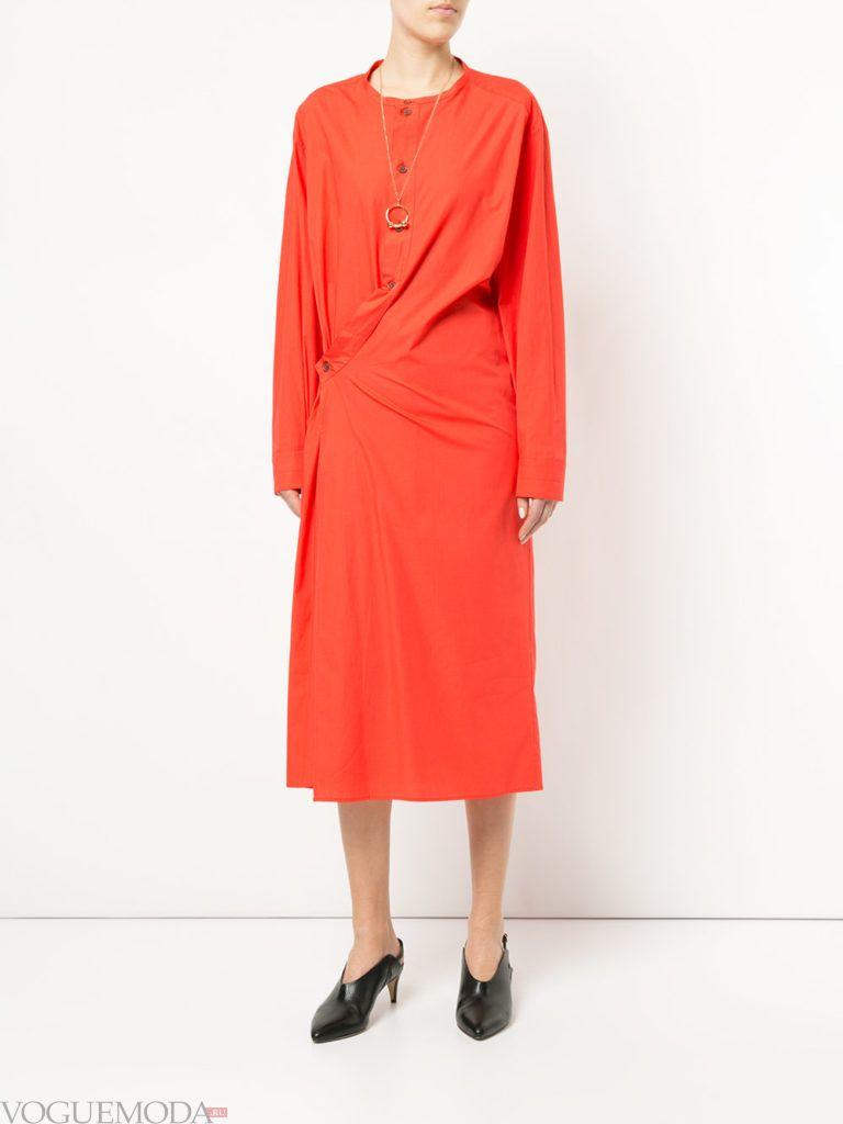 оранжевое платье миди на пуговицах со сборкой