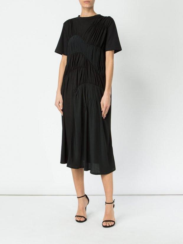 черное платье миди со сборками