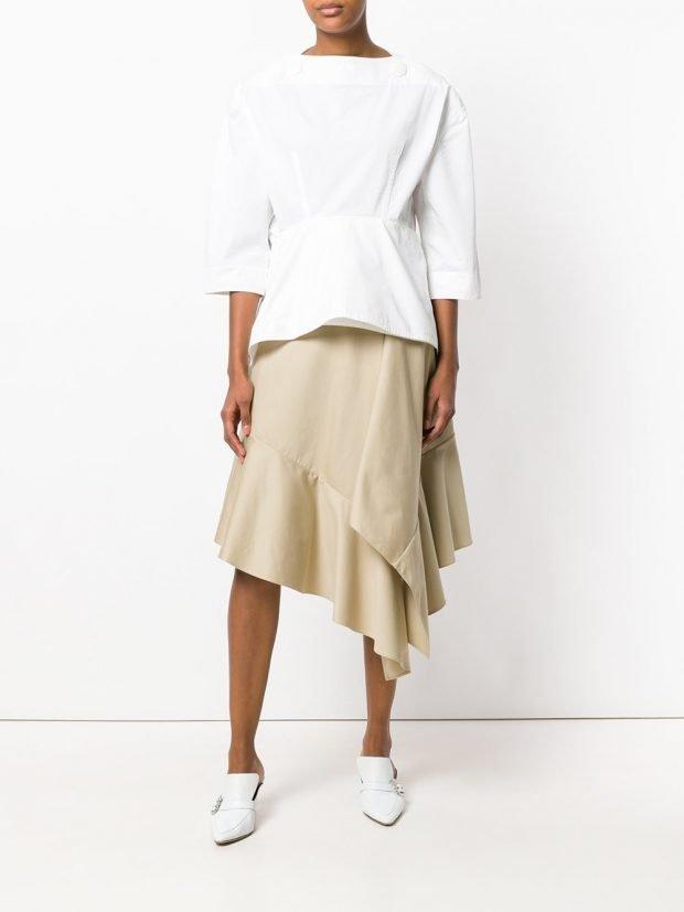 асимметричная юбка и белая блузка