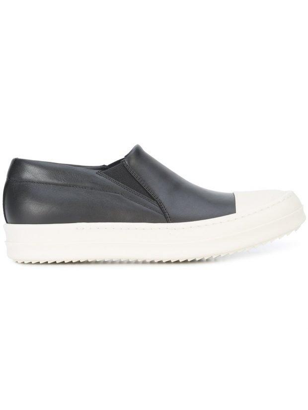 черные слипоны с белым носком