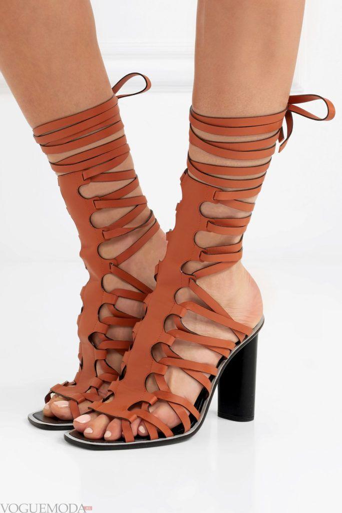 гладиаторские сандалии на толстых каблуках