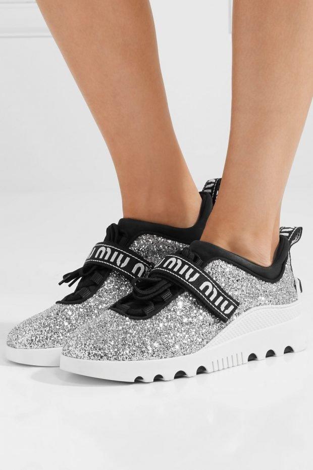 блестящие кроссовки на липучках