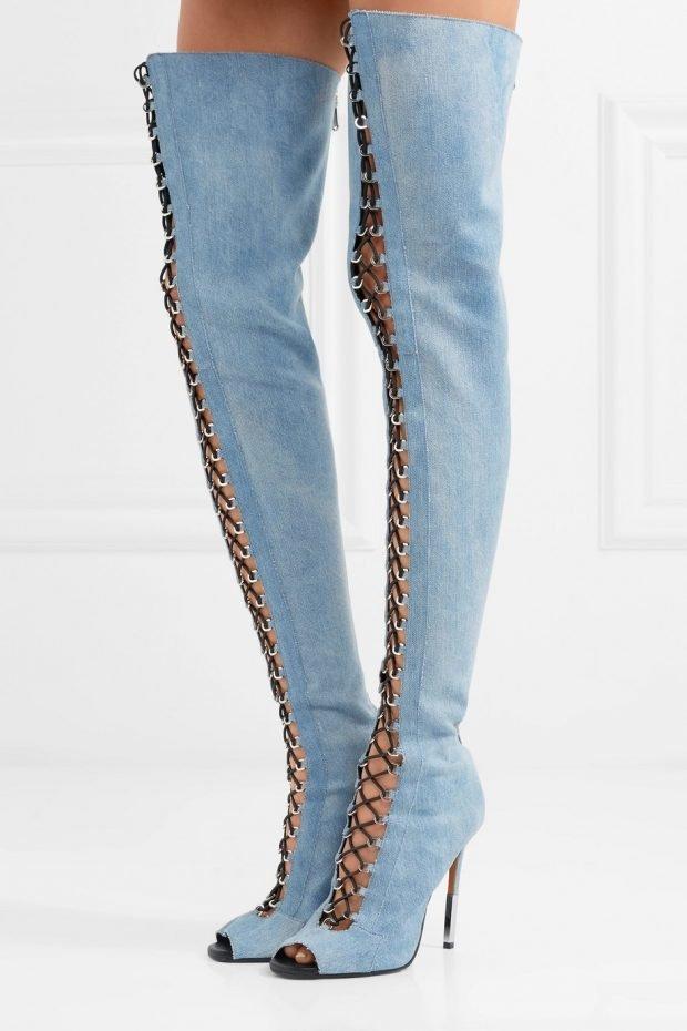 голубые ботфорты со шнуровкой