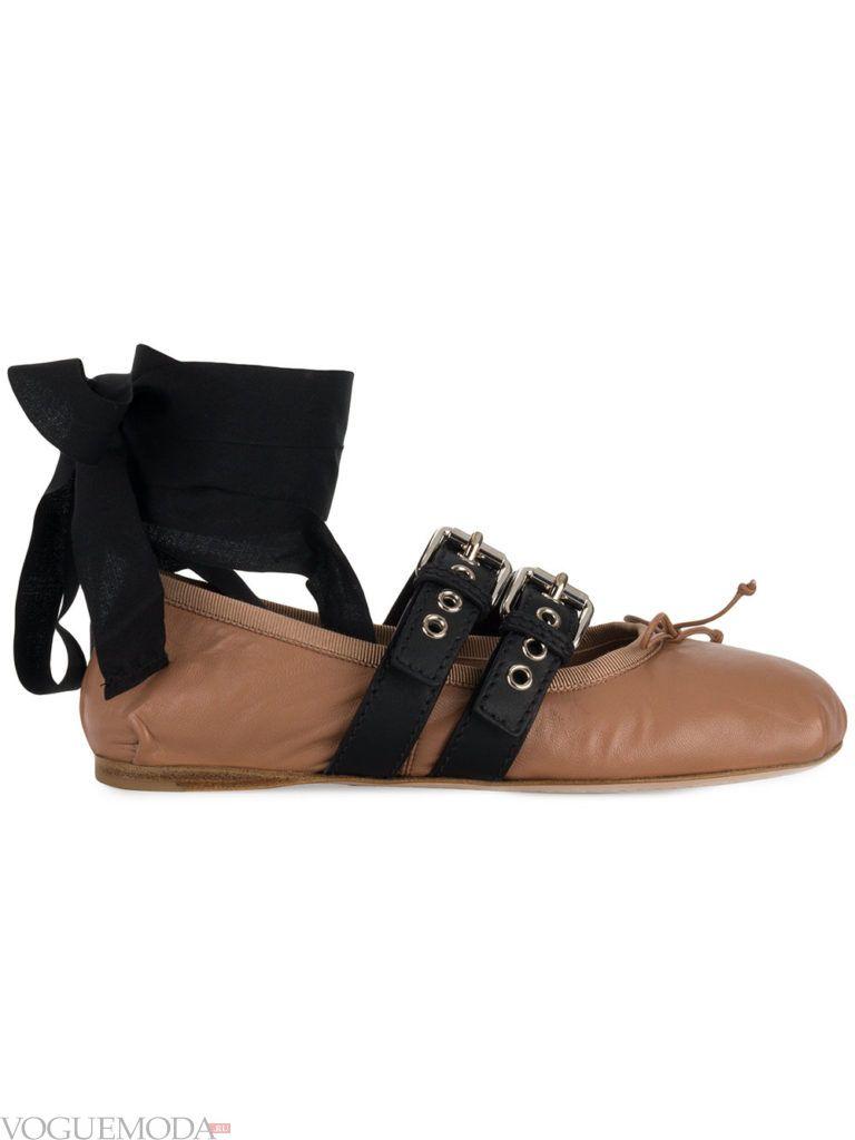 коричневые балетки с ремешками