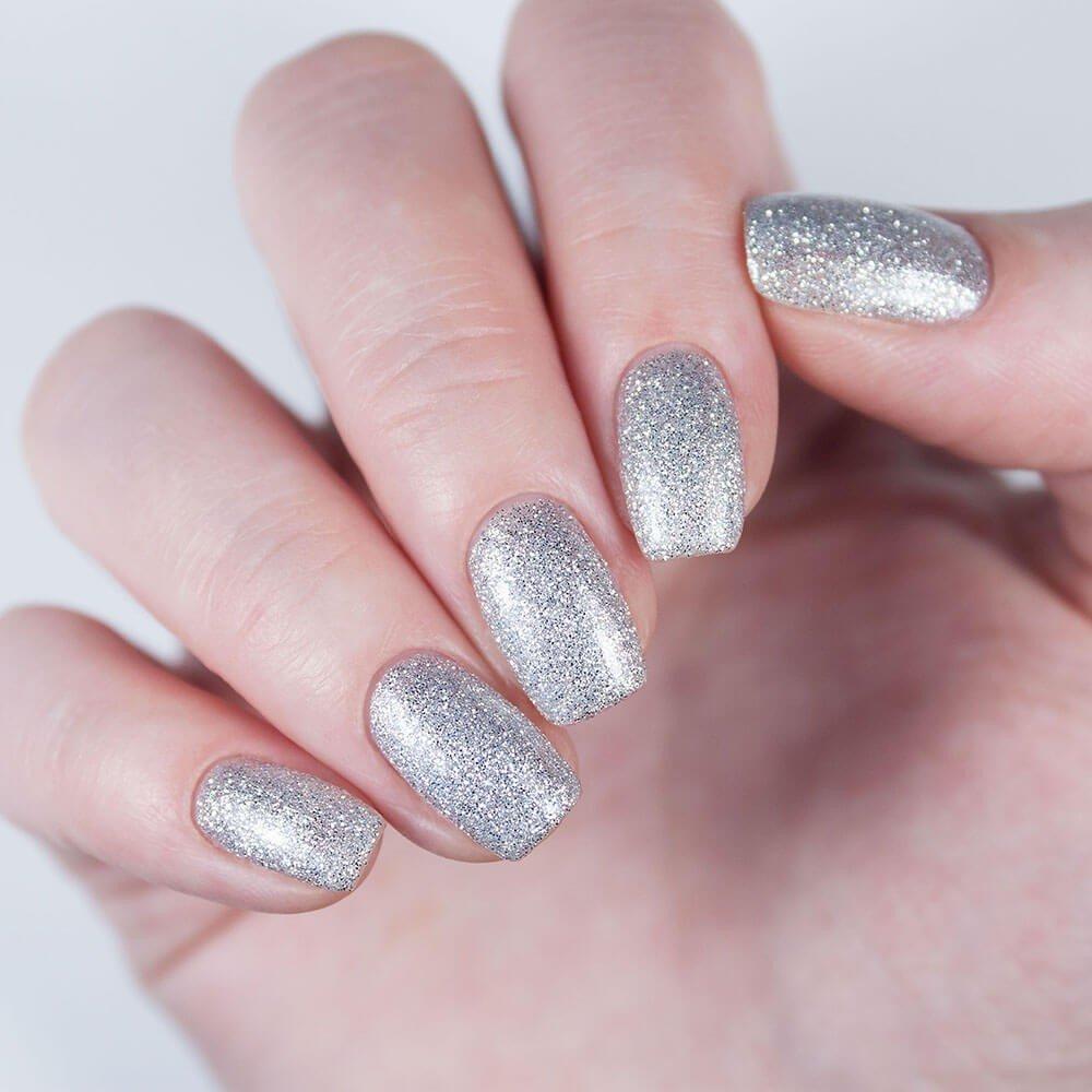 серебристые ногти