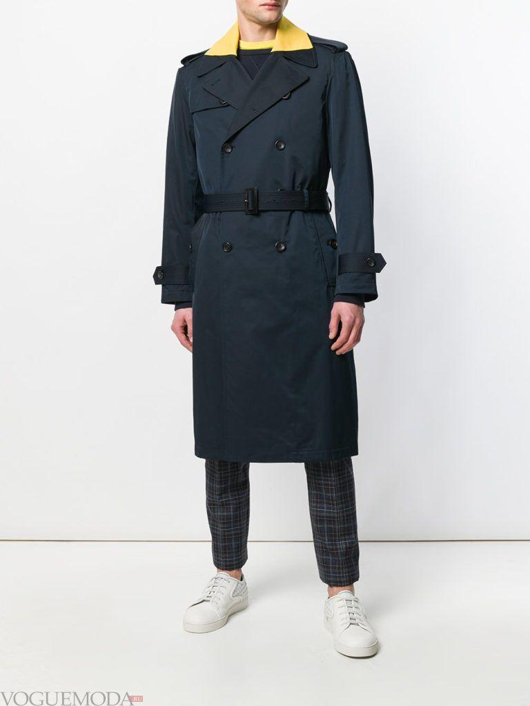 синее мужское пальто с поясом весна