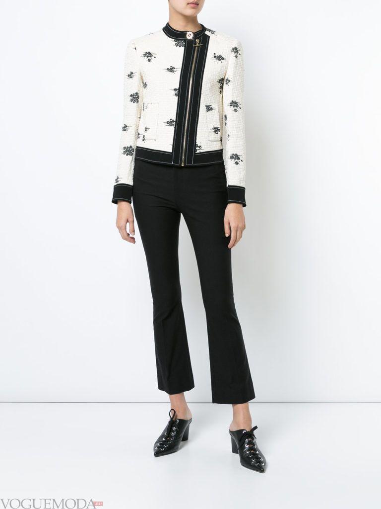белое короткое пальто куртка с принтом весна