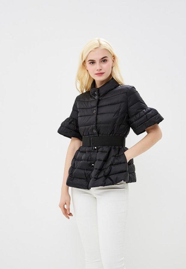 короткое болоньевое пальто