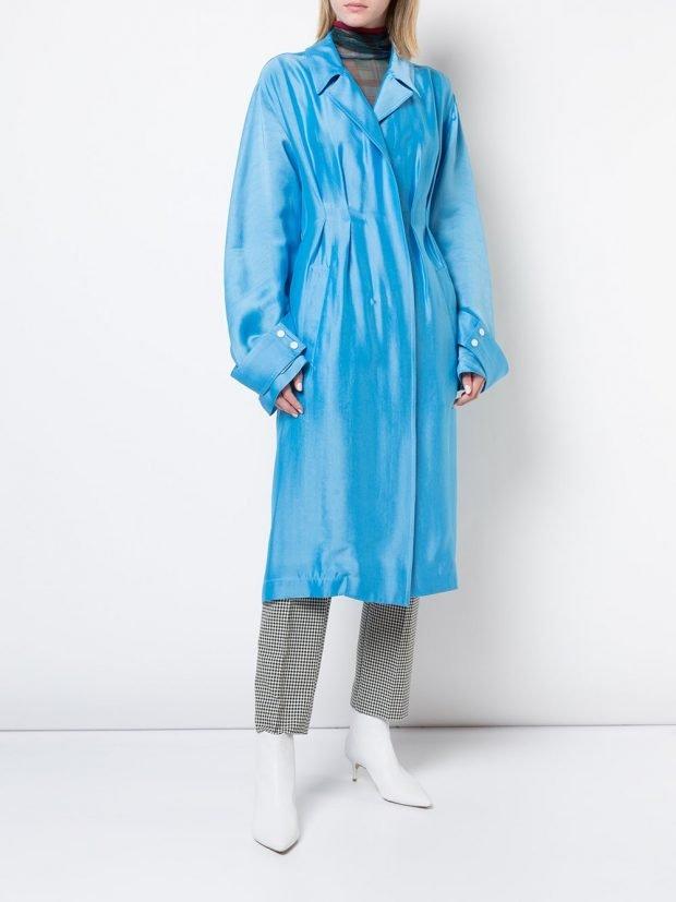 голубое болоньевое пальто миди
