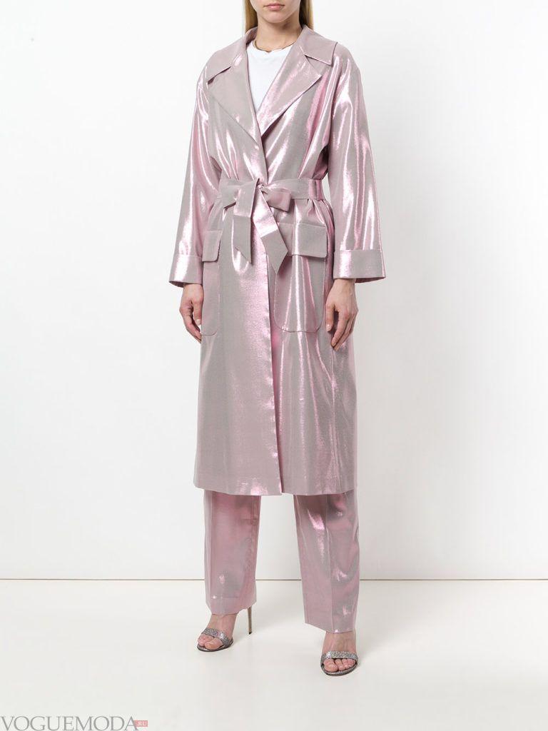 блестящее болоньевое пальто с поясом весна