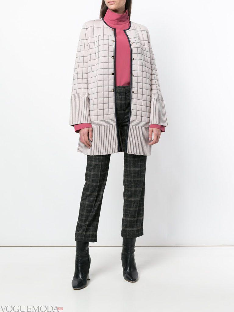 светлое стеганое пальто весна