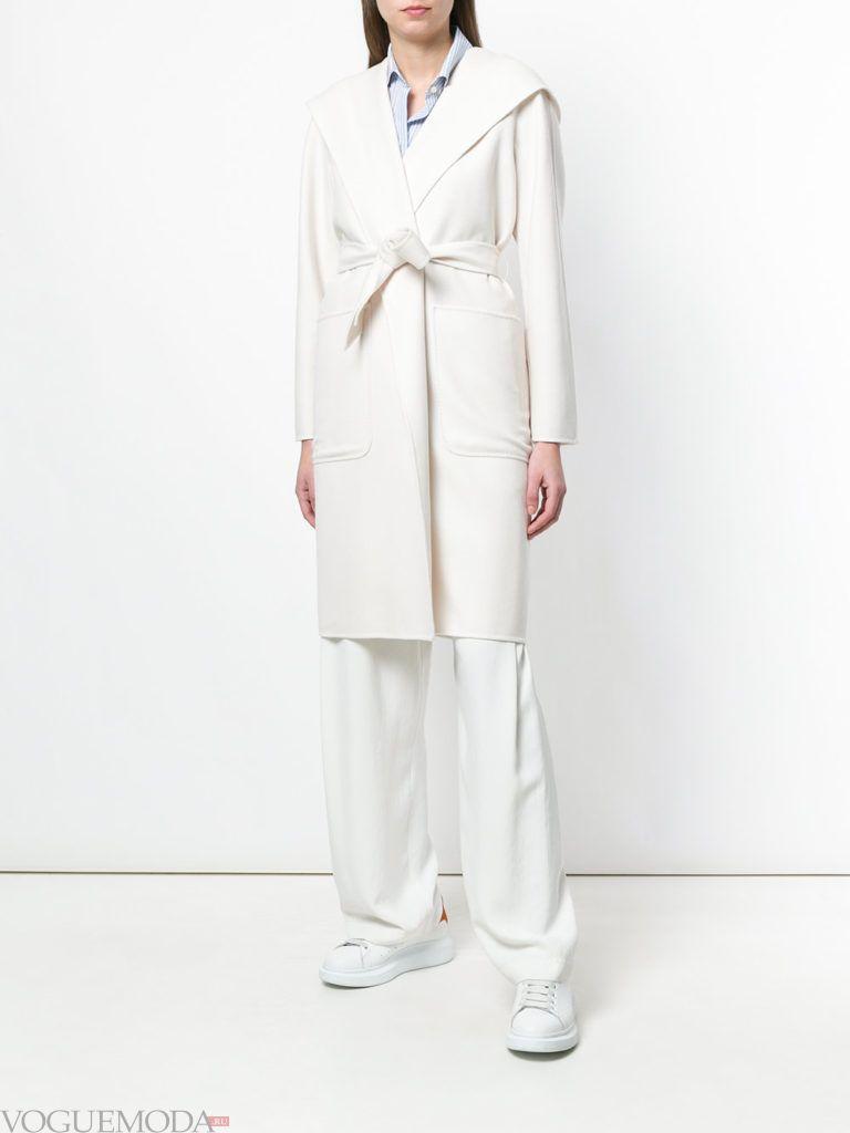 белое пальто с поясом весна