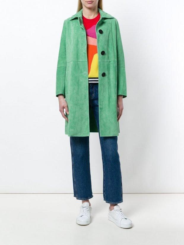 весеннее зеленое пальто до колена