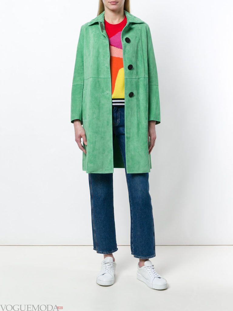 зеленое пальто до колена весна