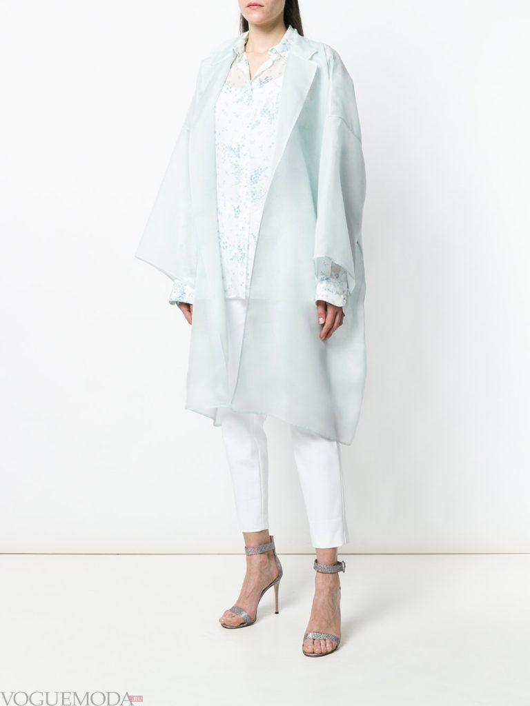 белое пальто оверсайз весна