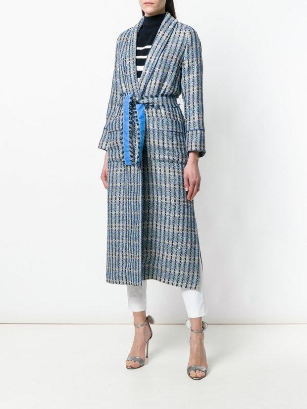 весеннее пальто миди с принтом и поясом