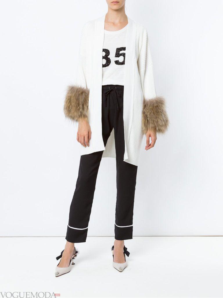 белый кардиган-пальто с мехом