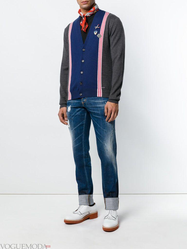 мужской кардиган колорблок с джинсами