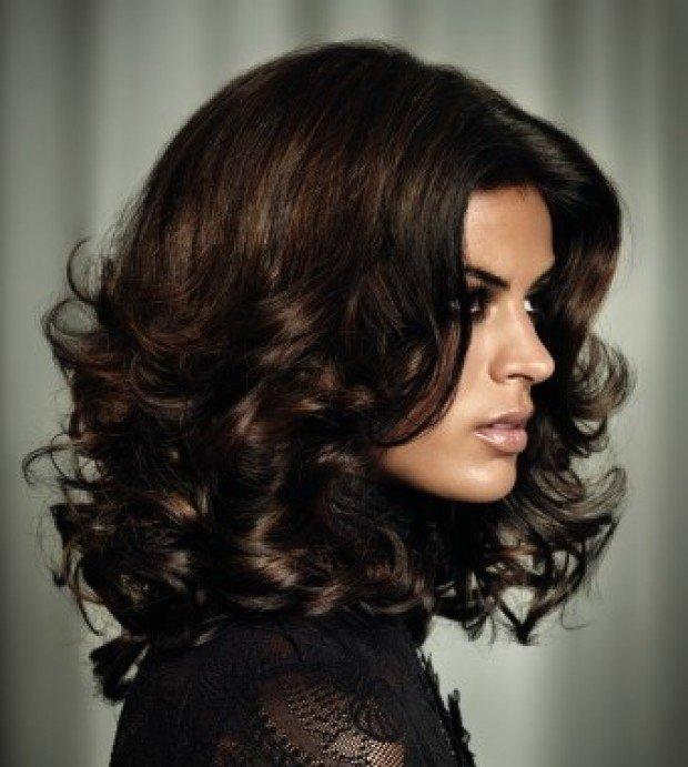 женская стрижка «Итальянка» для брюнеток
