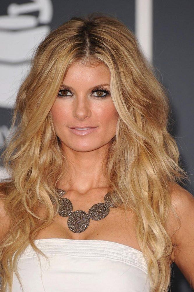 женская стрижка «Итальянка» для блондинок