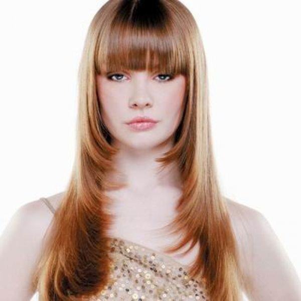 женская стрижка «Лесенка» на длинные волосы