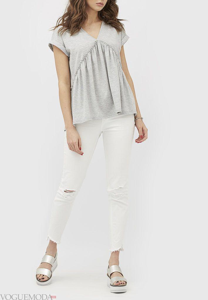 женская футболка со сборкой