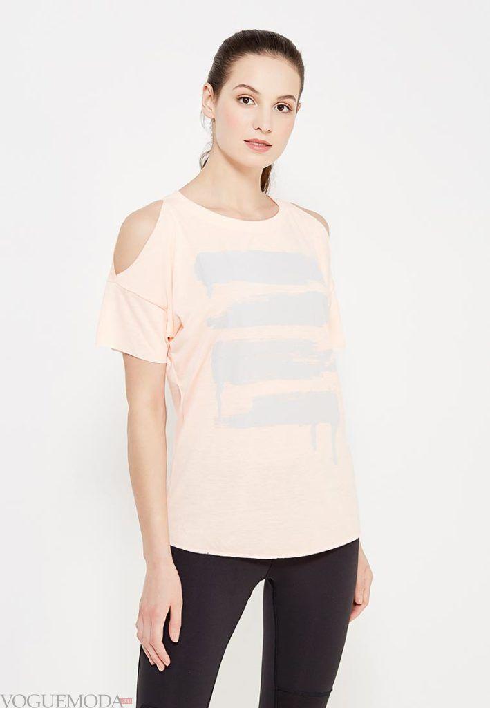 женская футболка с вырезами на плечах