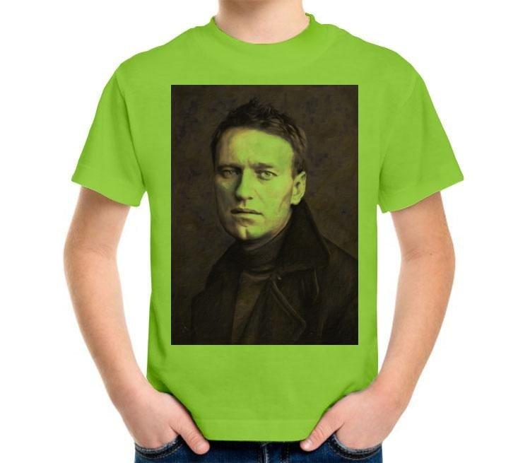 зеленая футболка с изображением Навального