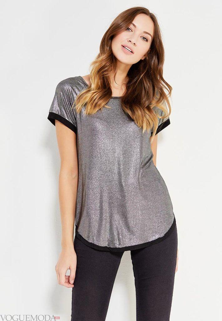 женская серая футболка с окантовкой