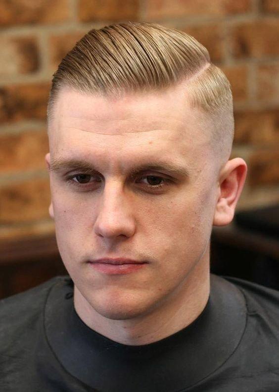 мужская стрижка «Под фрица» на светлые волосы