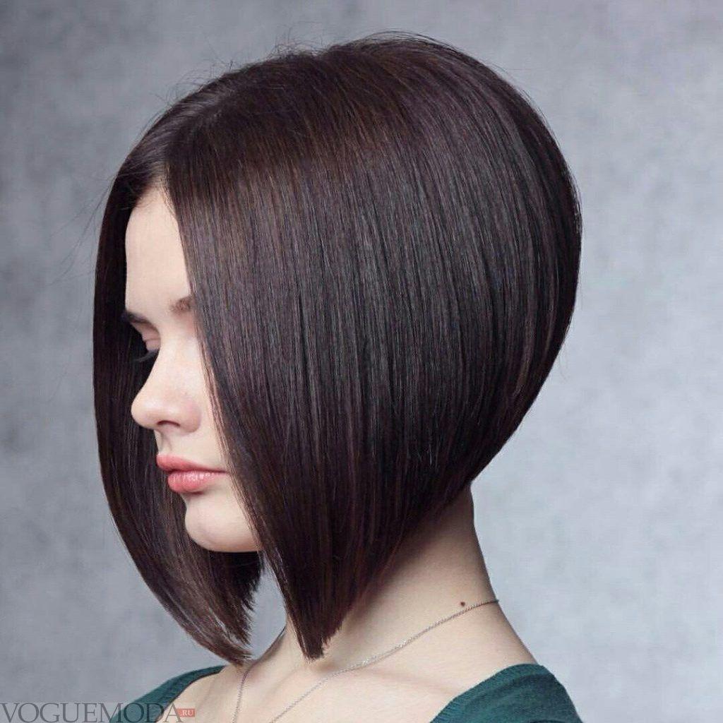 стрижка Каре для темных волос