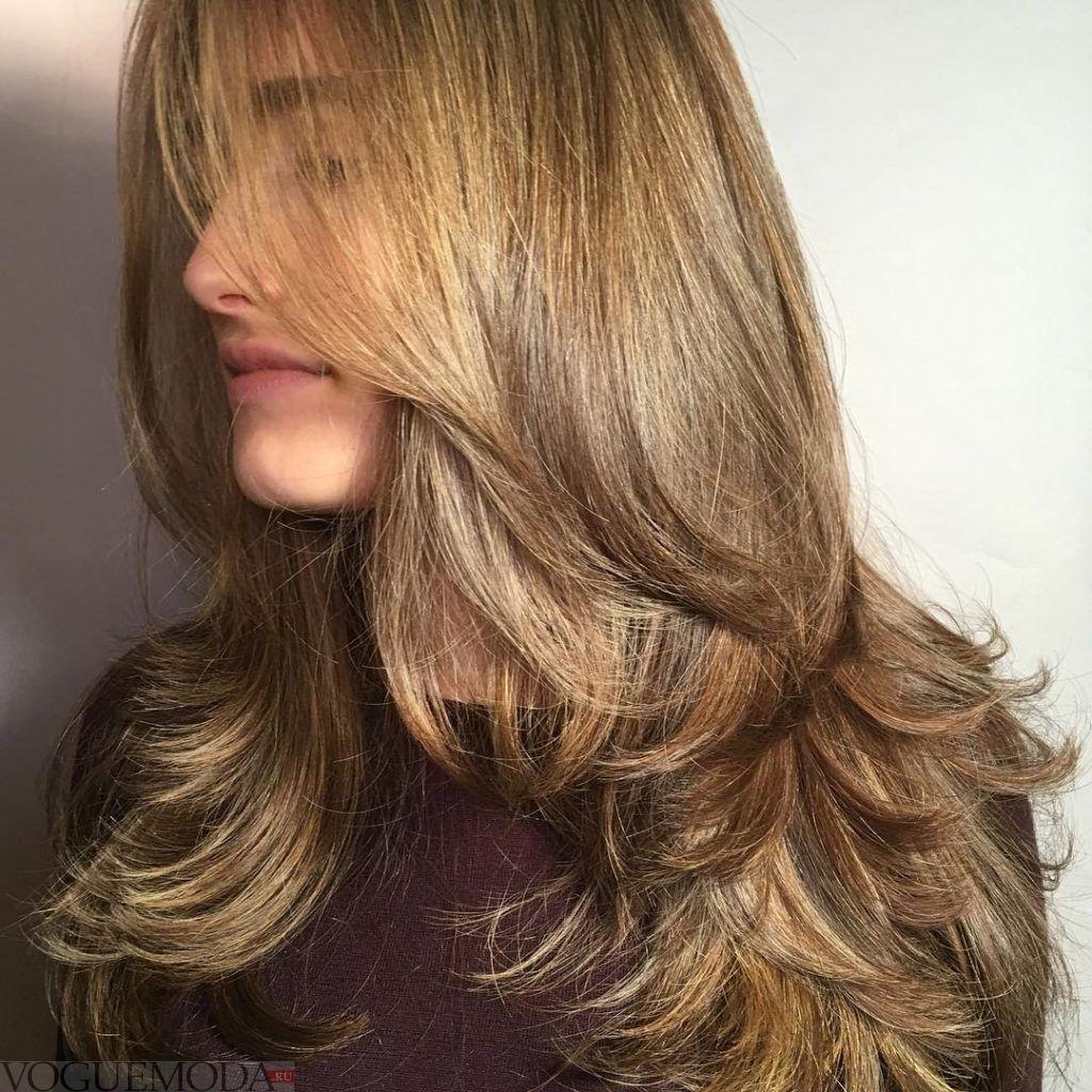 стрижка Лесенка на русые волосы