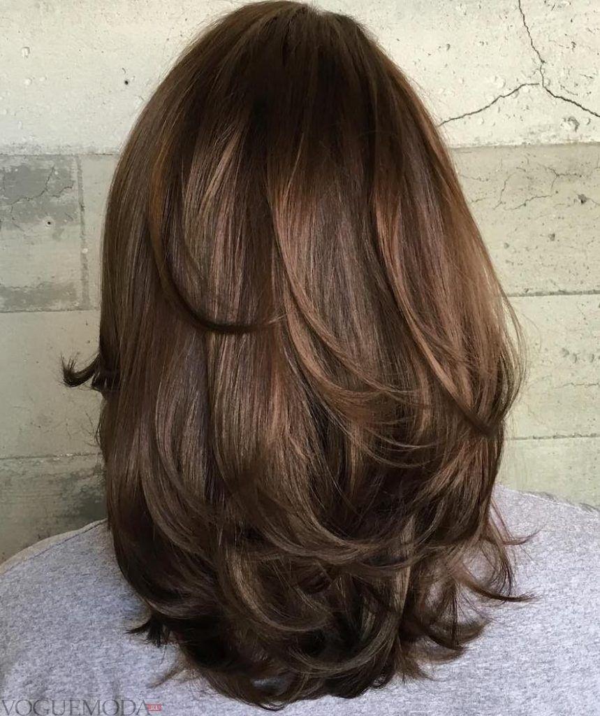 стрижка Лесенка для темных волос